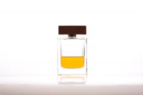 香水の付け方を男性は理解しよう!つける場所によって効果が違う?